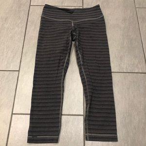 Lululemon Leggings Crops Stripe Grey Black
